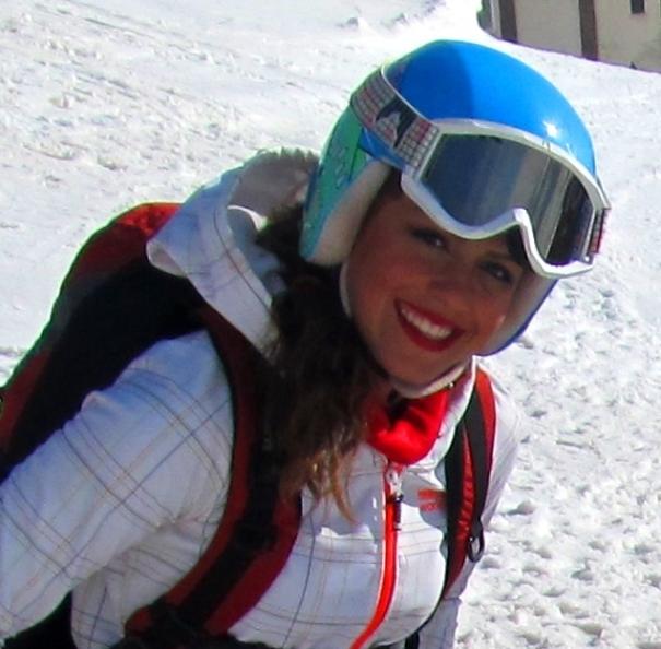 Forough ABBASI skiing 20 yrs Iran